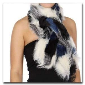 ❄Blue, White and Black Faux Fur Scarf